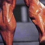 Подъемы на носки сидя. Как накачать мышцы икр