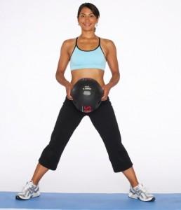 leg-exercises-tb-sumo-squat-for woman female bodybuilding