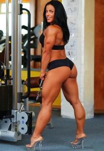 mavi gioia Мави джоя знаменитая культуристка с мускулистыми бедрами