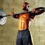 Тяга штанги к подбородку усиливает мышцы шеи
