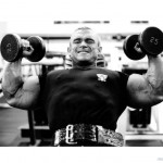 Lee Priest Ли Прист с гантелями Жим гантелей на наклонной скамье