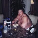 Жирный бодибилдер Джей Катлер Jay Cutler в межсезонье