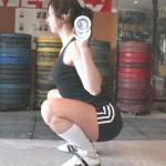 Тяжелоатлетические приседания со штагой, вертикальная спина, высокое положение штанги, узкая постановка ног