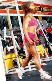 Прыжки с гантелями, упражнение для бедер для девушек