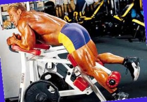 Jay Cutler Джей Катлер, сгибание ног в тренажере, тренировка бедер