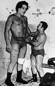 Андрэ Гигант, знаменитый рестлер, рост 224см, вес 240кг