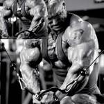 Ли Прист, сведение рук в кроссовере, тренировка грудных мышц, бодибилдинг, качаем грудь