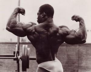 Виктор Ричардс в 18 лет, двойной бицепс, victor richards double biceps bodybuilding