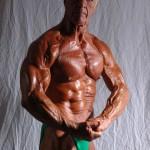 Чет Йортон, бодибилдер в старости, 67 лет