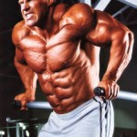 Джей Катлер, отжимания на брусьях, тренировка грудных мышц, бодибилдинг