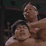 Боло Янг сворачивает шею кому-то
