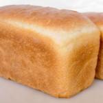 Белый хлеб, высокий гликемический индекс 80-90
